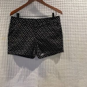 Ann Taylor black and white print shorts